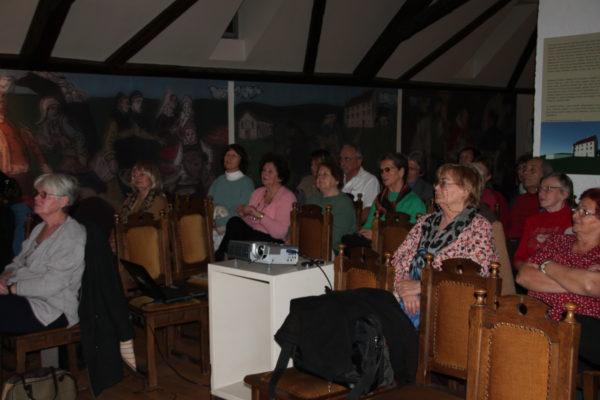 A közönség egy csoportja