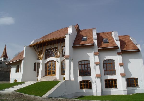 A DIO-Ház