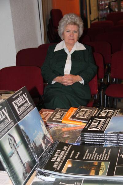 Száz év Trianon árnyékában – Könyvbemutató – Budapest, Polgári Szalon - Vendégekre várva