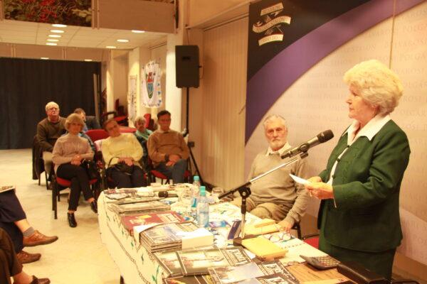 Száz év Trianon árnyékában – Könyvbemutató – Budapest, Polgári Szalon - Lőwey Lilla és Raffay Ernő ismerteti a könyvet