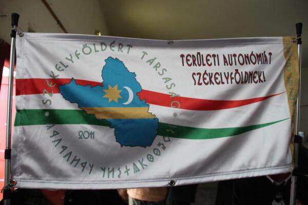 Területi autonómiát Székelyföldnek!