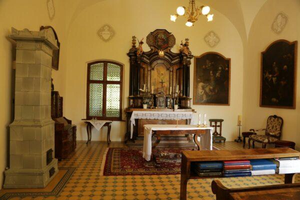 A püspöki lakosztály kápolnája