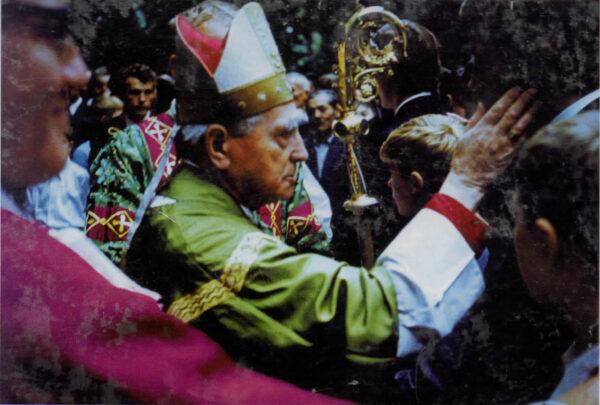 Márton Áron hívei között, 1969