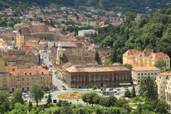 Az Óváros az Áprily Lajos Főgimnáziummal