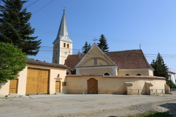 Apáca evangélikus temploma