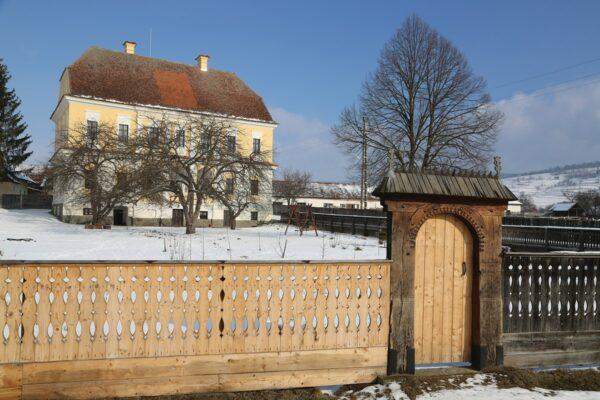 A kászonimpéri Balázsi-kúria, ma Csaba testvér által működtetett Szent Katalin Gyermekotthon
