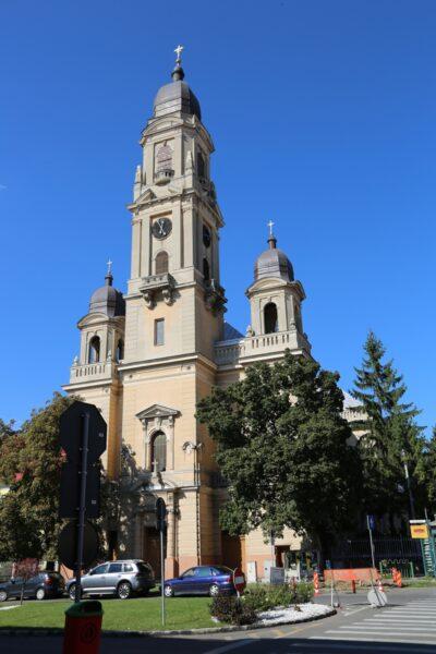 A Barátok temploma. A még torony nélküli templom 1748-ra készült el, amit a ferencesek építettek fel, innen kapta a nevét.