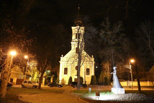 A Váradolaszi református templom alapkőletétele 1784-ben volt. 1787-ben tartották meg az első istentiszteletet.