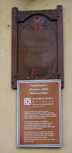 Mára ez a felirat is eltűnt a ház faláról.